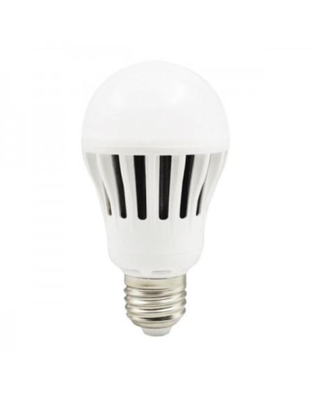 Ampoule LED Sphérique Omega E27 7W 520 lm 4200 K Lumière naturelle